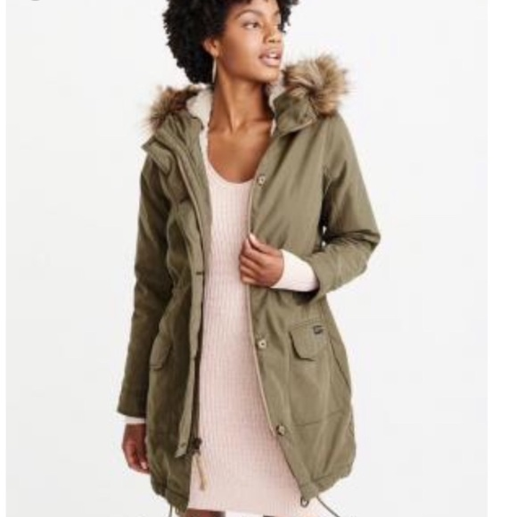 Abercrombie & Fitch Jackets & Blazers - Abercrombie Sherpa Military Parka in Olive XXS NWT